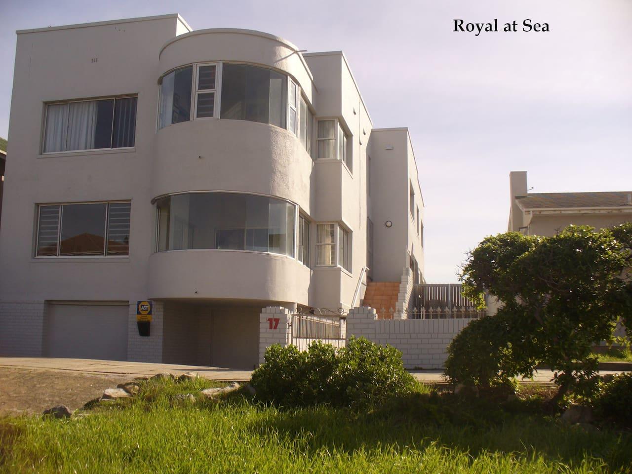 Royal @ Sea