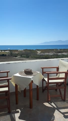 Naxos Plaka sea view studio / 3adults