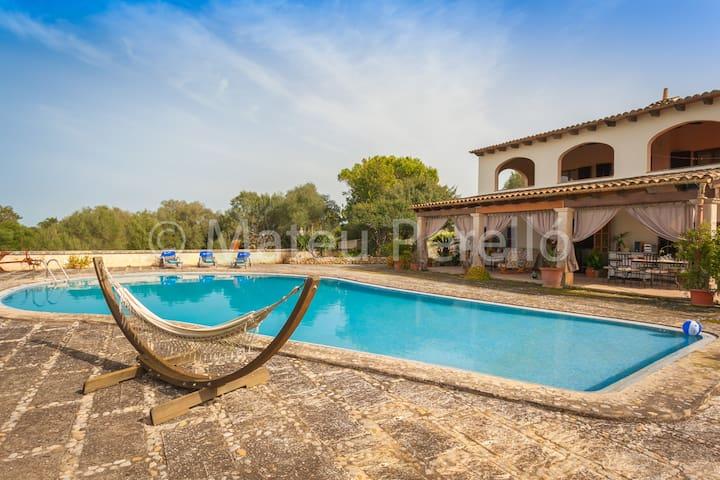 Finca con piscina en el interior de Mallorca (SoB) - Santa Margalida - Casa