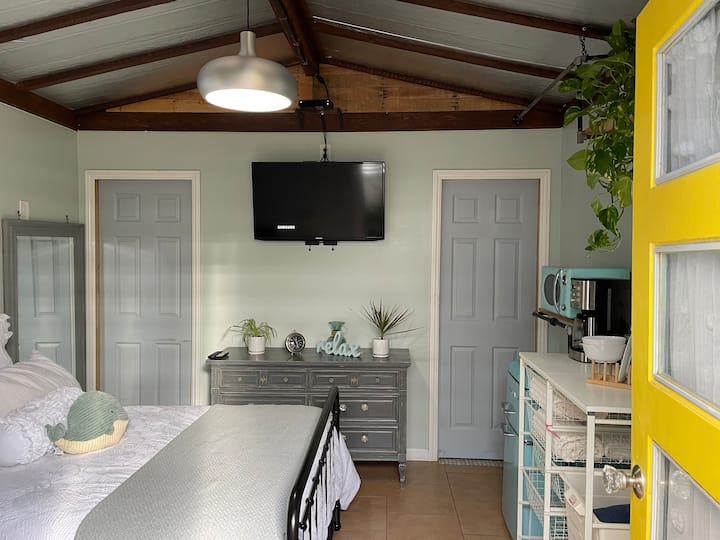Beach Mini Cottage!