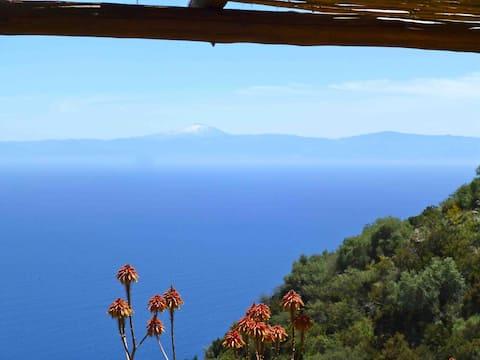 Caseta Zanca con vistas al monte Etna