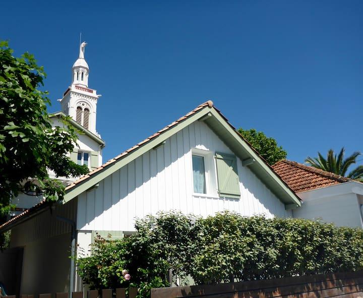 Villa BANCOT avec terrasse et parking, idéal 2à3p.