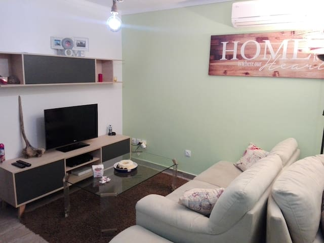 3 Room House 500m from the Beach - Monte Gordo - Rumah