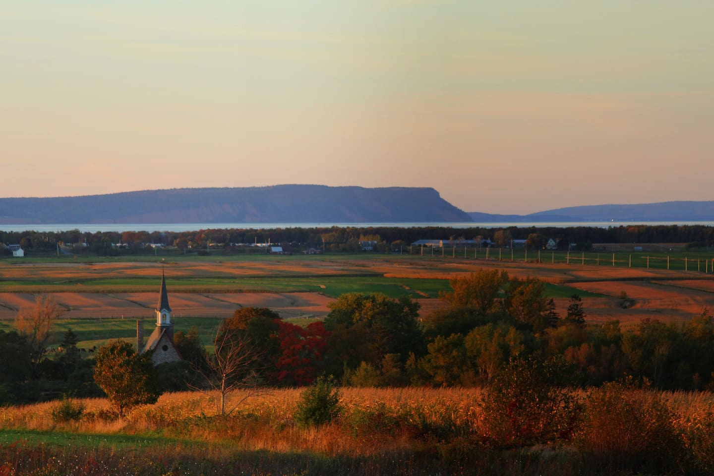 A gorgeous view of Blomidon, the Bay of Fundy, and the dykelands from the top of Grand Pre!  Enjoy this exact view from our apartment window!