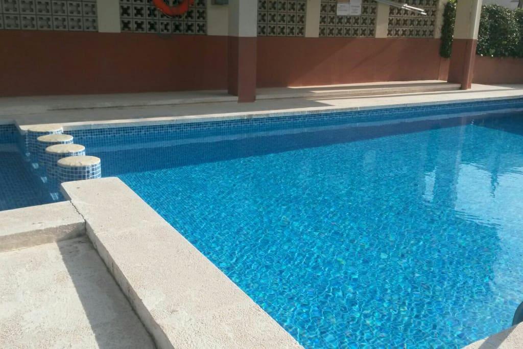 piscina apartamento