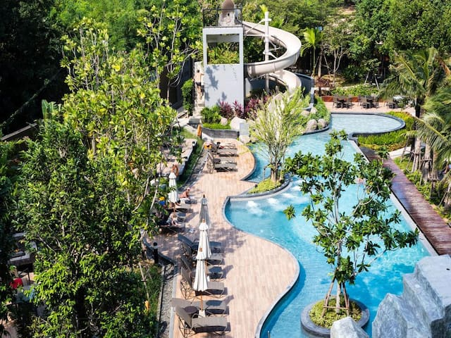 35-metre family pool with Jacuzzi, water slider and rock climbing