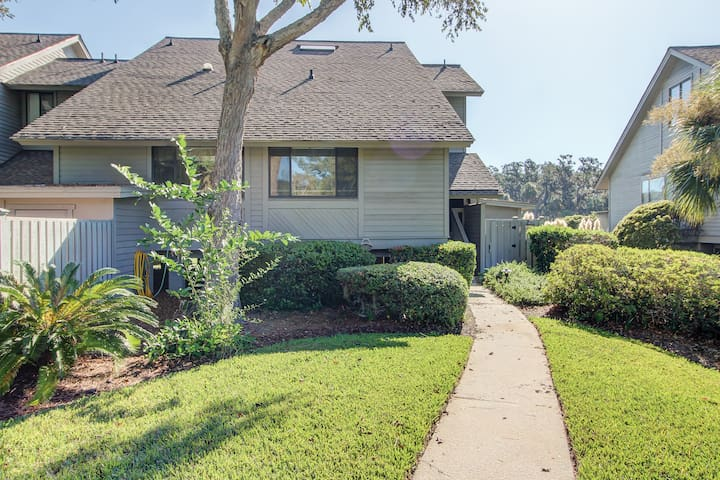 2BR Palmetto Dunes Townhouse