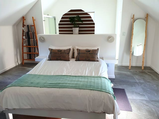 Vitamin Sea Loft Apartment