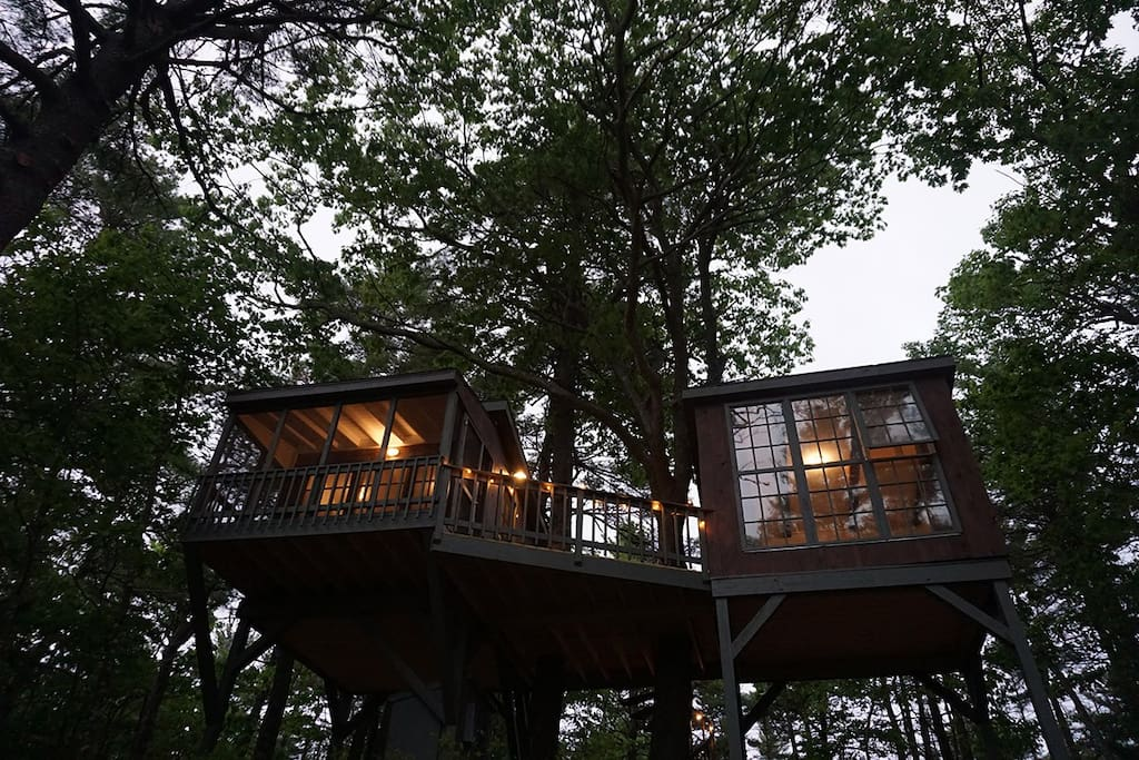 Tree Dwelling with Water Views (2) - Treehouses for Rent in Georgetown, Maine, United States