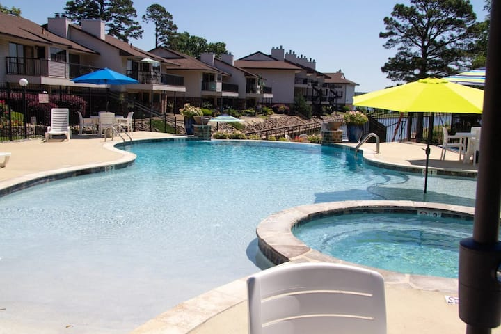 Lakefront Resort Style Condo