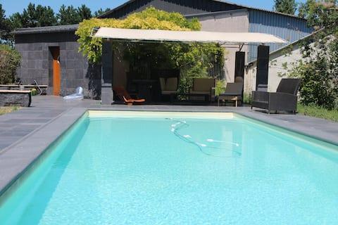 Maison de caractère  180 M²   - 10 prs piscine chf