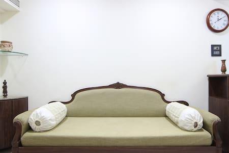 1BHK Apartment @ Juhu Tara Rd, near Juhu Beach - 孟買 - 精品飯店