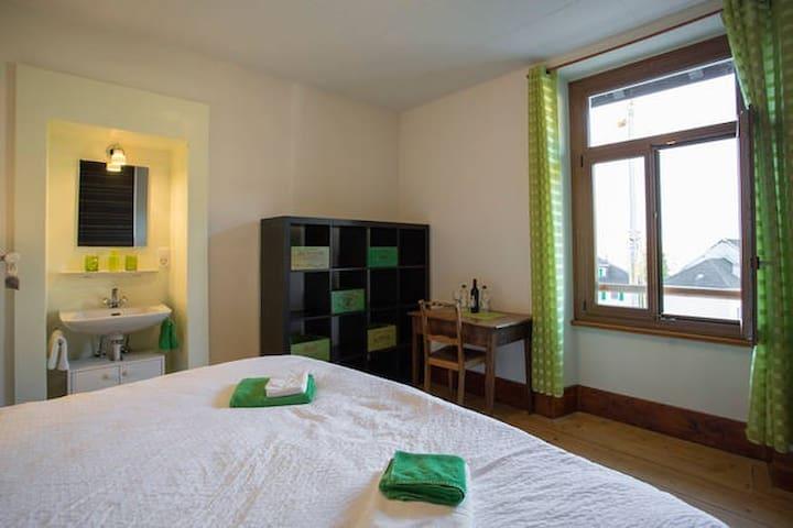 Bedroom 4, 1st floor