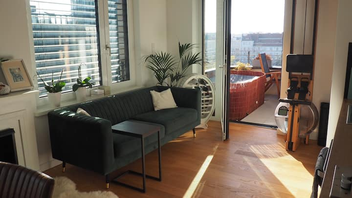 business/holiday apartment with whirlpool