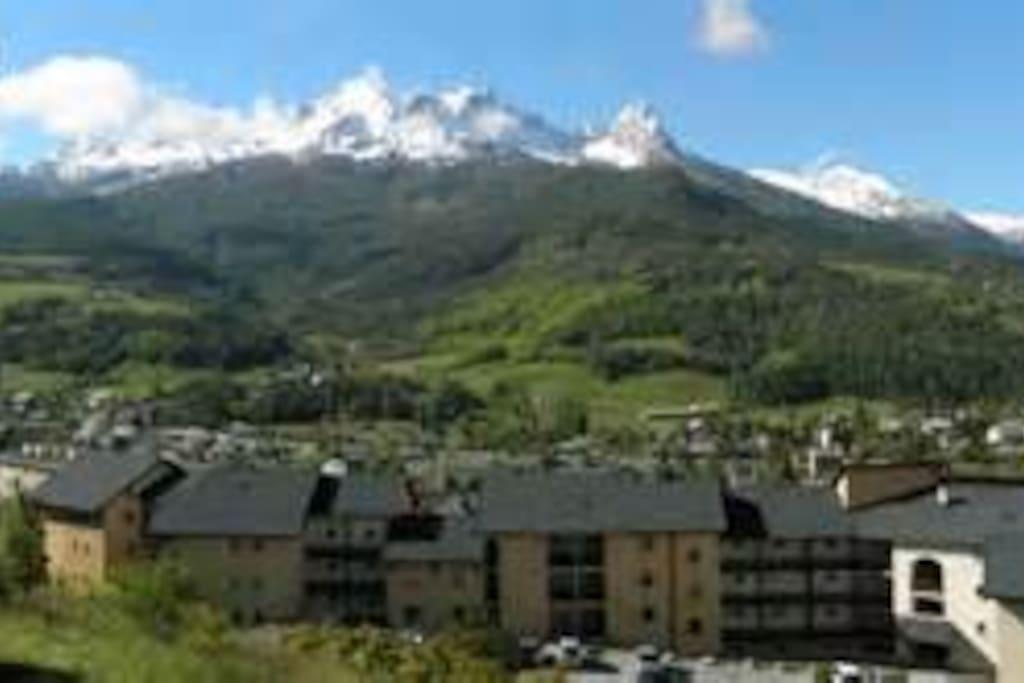 T2 vue exceptionnelle pour vos vacances apartments for for Piscine barcelonnette
