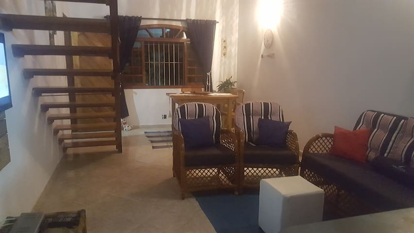 Casa na Martim de Sá (quartos individuais) - Caraguatatuba - Maison