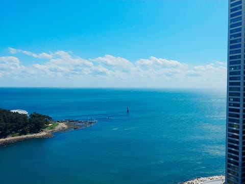 Haeundae 마린시티 Ocean View!! Jay's House:)