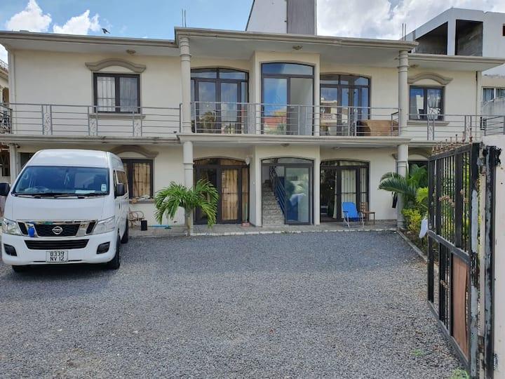 Blue Villa Mont Choisy Studio ❶