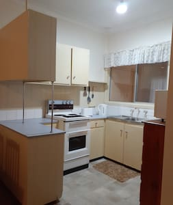 Quiet Self Contained Two Bedroom Unit