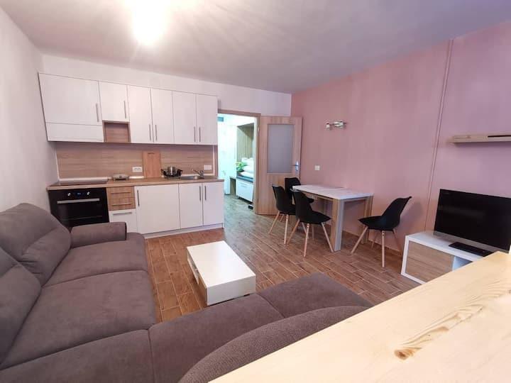 Apartma F&M