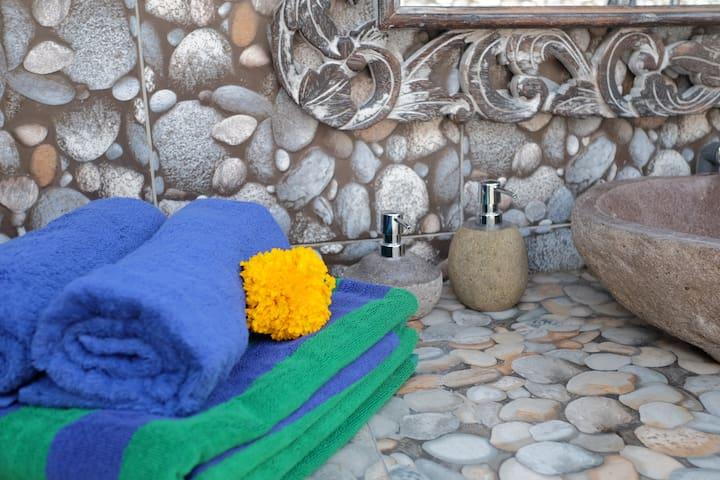 Griya Alam Kutuh ● One Bedroom Villa ● Pool ● Padd