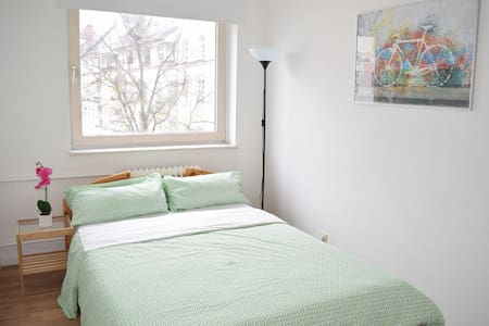 Great apartment in heart of Charlottenburg, Berlin - Berlin