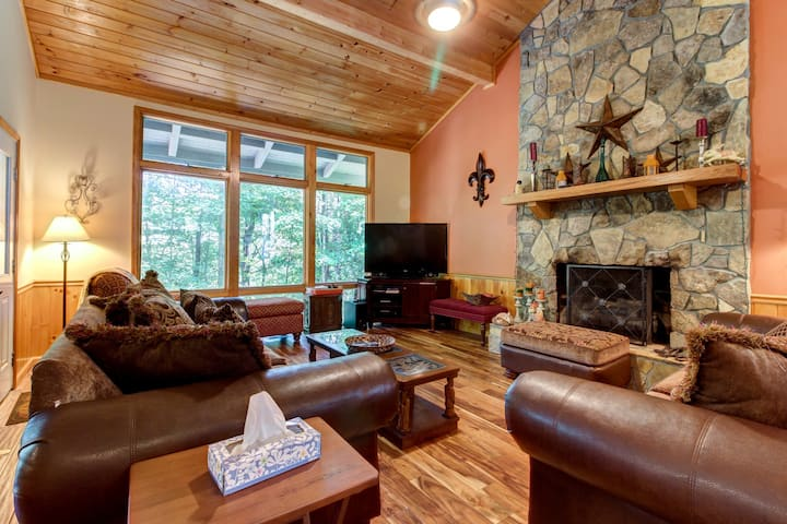 Dog-friendly home in golf community w/ game room, firepit & shared pool/tennis!