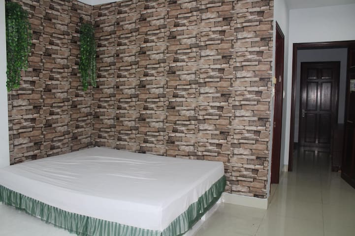 Spacious but Cheap Room in Non-Flood Thao Dien