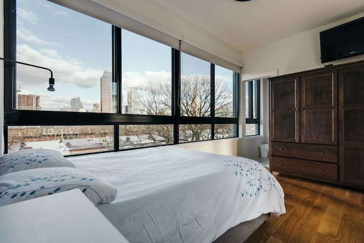 Romantic Rooftop Studio with 360 Brooklyn views! - Brooklyn - Leilighet