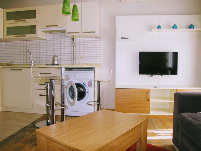 Near Taksim,Fully Furnished  apartment,No4