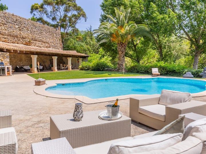 Mallorca Beautiful Villa with pool in Puigpunyent