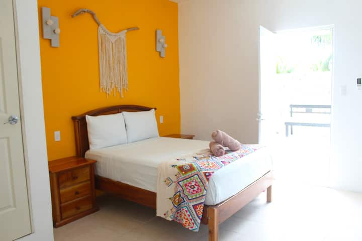 Quiet Centric Rooms Holbox ~ 1
