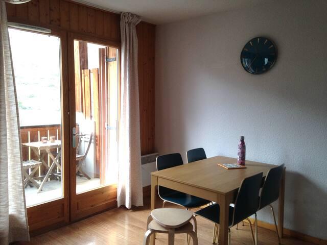 Appartement T3 4/6 personnes - Saint Jean d'Arves