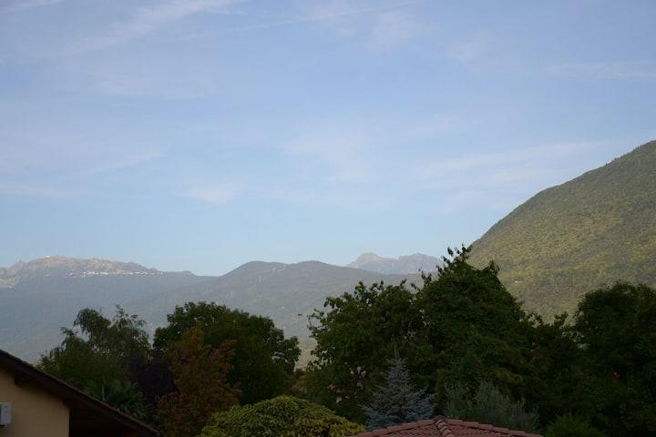 Le Henriette - Appartement face aux montagnes.
