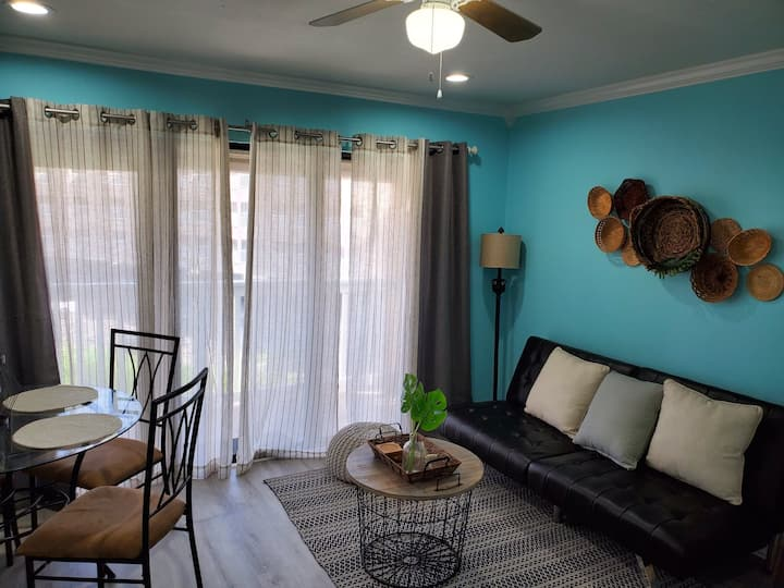 All New Fully Remodeled Condo Ready on the Beach!!
