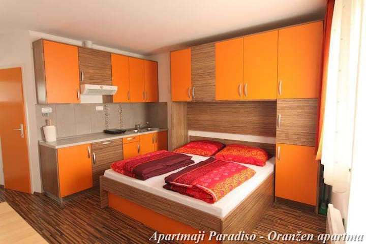PARADISO KOMEN  - ORANGE APARTMENT