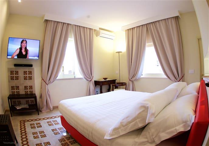 Romantic Double w/terrace - Sorrento - Bed & Breakfast