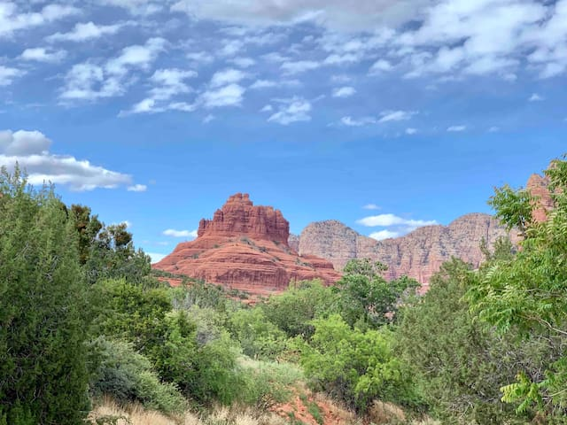 This Sedona Suite is in the perfect location.