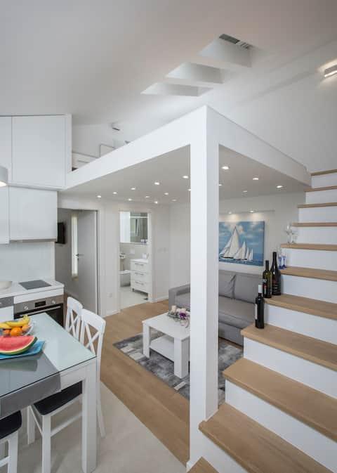 럭셔리 현대식 아파트 주레