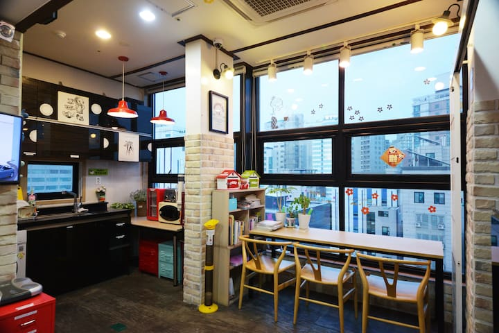 Sinchon/Hongdae - Private Single room B3 - Mapo-gu - Guesthouse