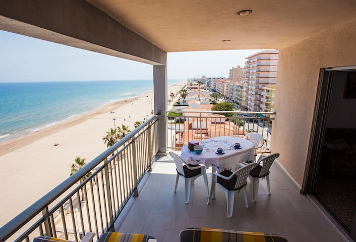 Apartamento Guillem - Miramar - Condomínio