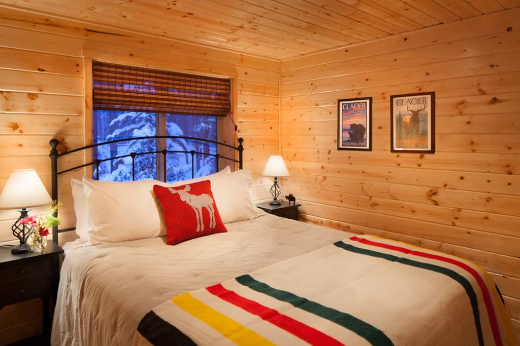 Reclusive moose cabin cottages for rent in columbia for Reclusive moose cabins