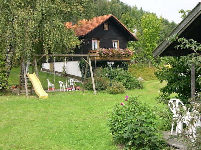 """Ferienhaus """"Kathl"""" im Bayer. Wald"""