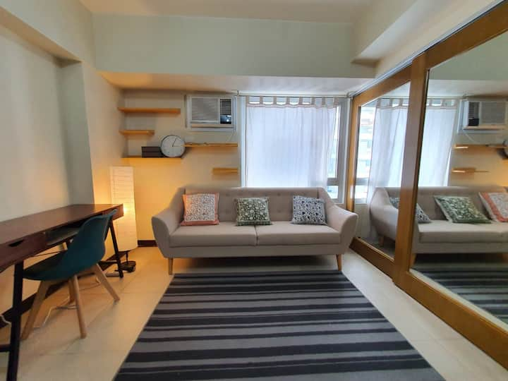 Boho-chic flat in Mandaluyong