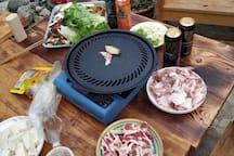 预定2天及以上的客人送庭院烤肉趴。