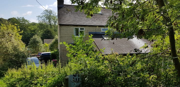 Single room in Cotswold Village