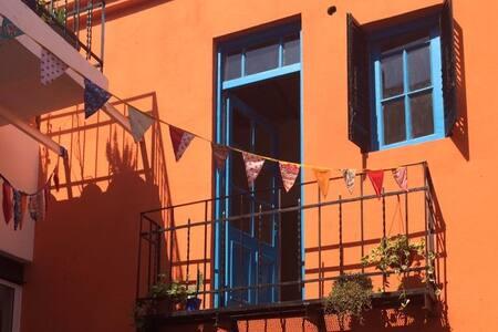 Habitación con baño privado en hermosa casa - Buenos Aires