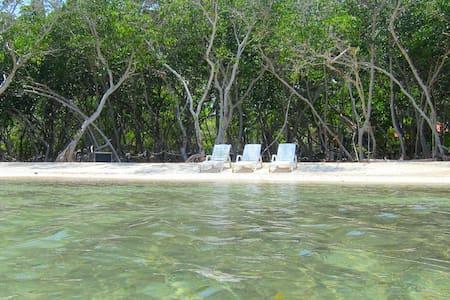 Cabin Isla Grande Islas del Rosario - Isla Grande