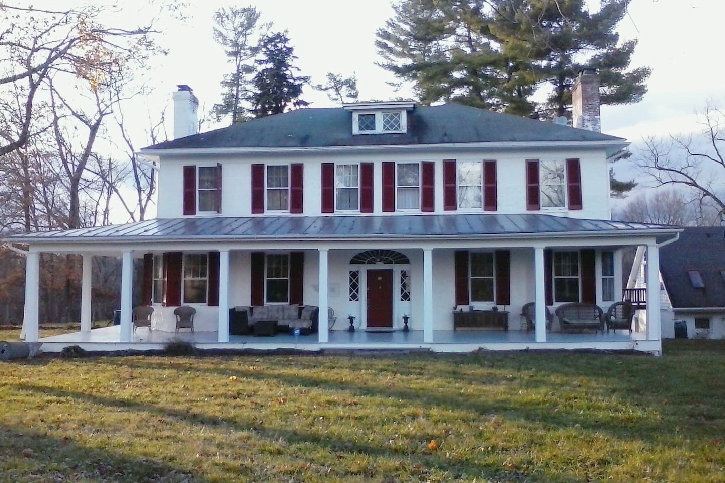 Welcome to Blue Hill Farm in stunning Clarke County located in the Shenandoah Wine Country!