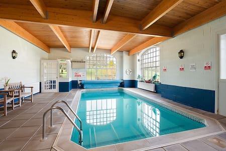 Kudu Apartment with communal pool. - Fife - 公寓